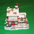 "Hawthorne Village ""North Pole Post Office"" 2004 Rudolph's Christmas Town Village Collection"