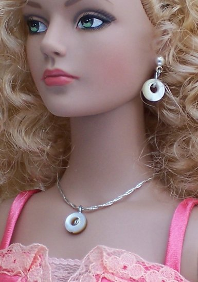Shell donuts - Fashion Doll Jewelry
