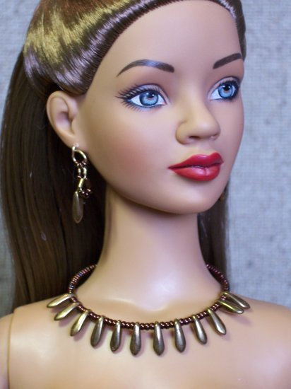 Bronze daggers collar - Fashion Doll Jewelry