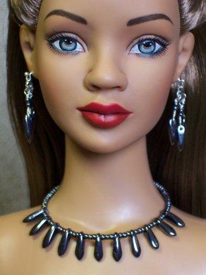 Gunmetal daggers collar - Fashion Doll Jewelry