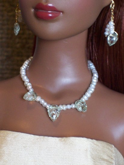 Carved Aquamarine leaves and pearls - Fashion Doll Jewelry
