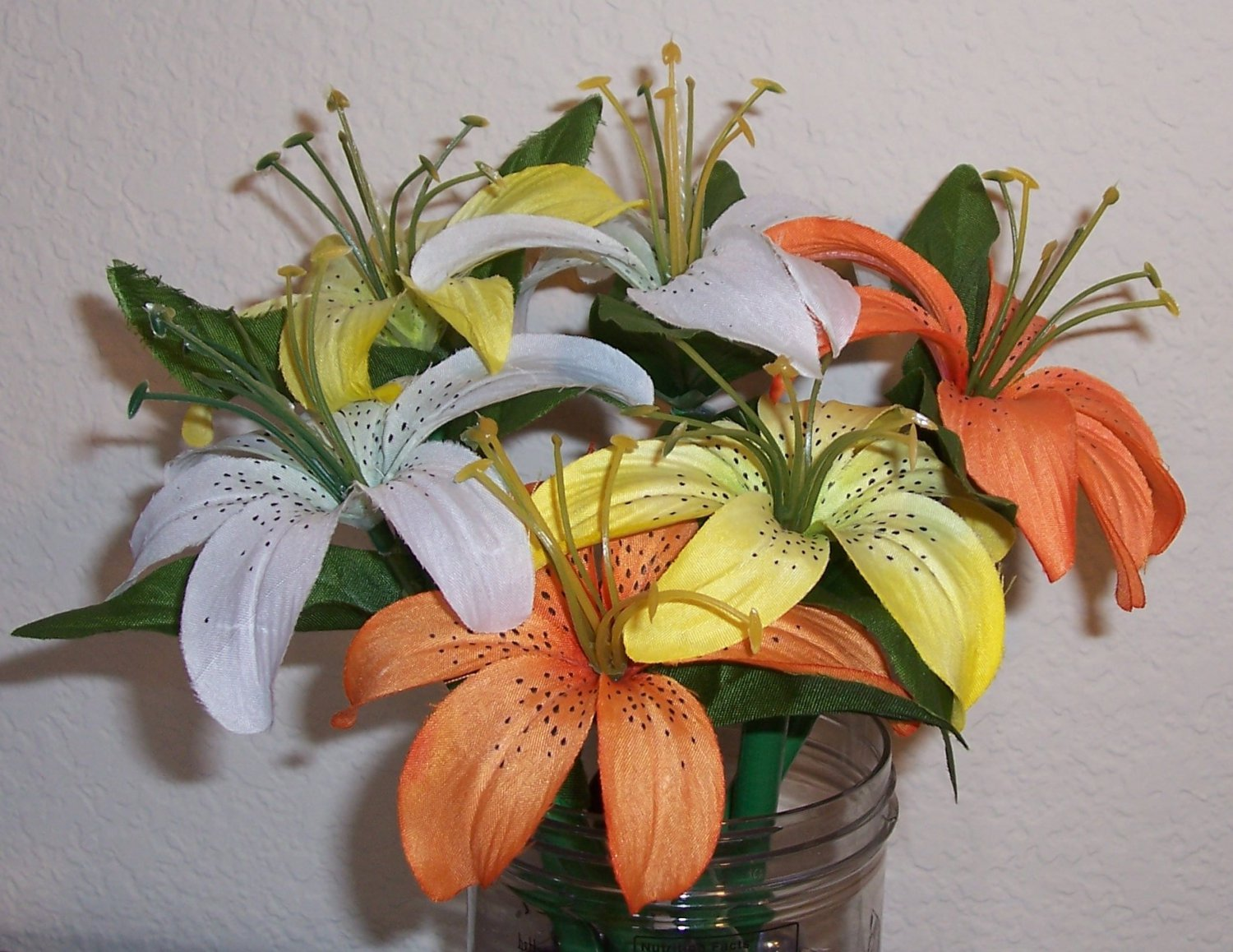 Easter Lily pens - set of 6