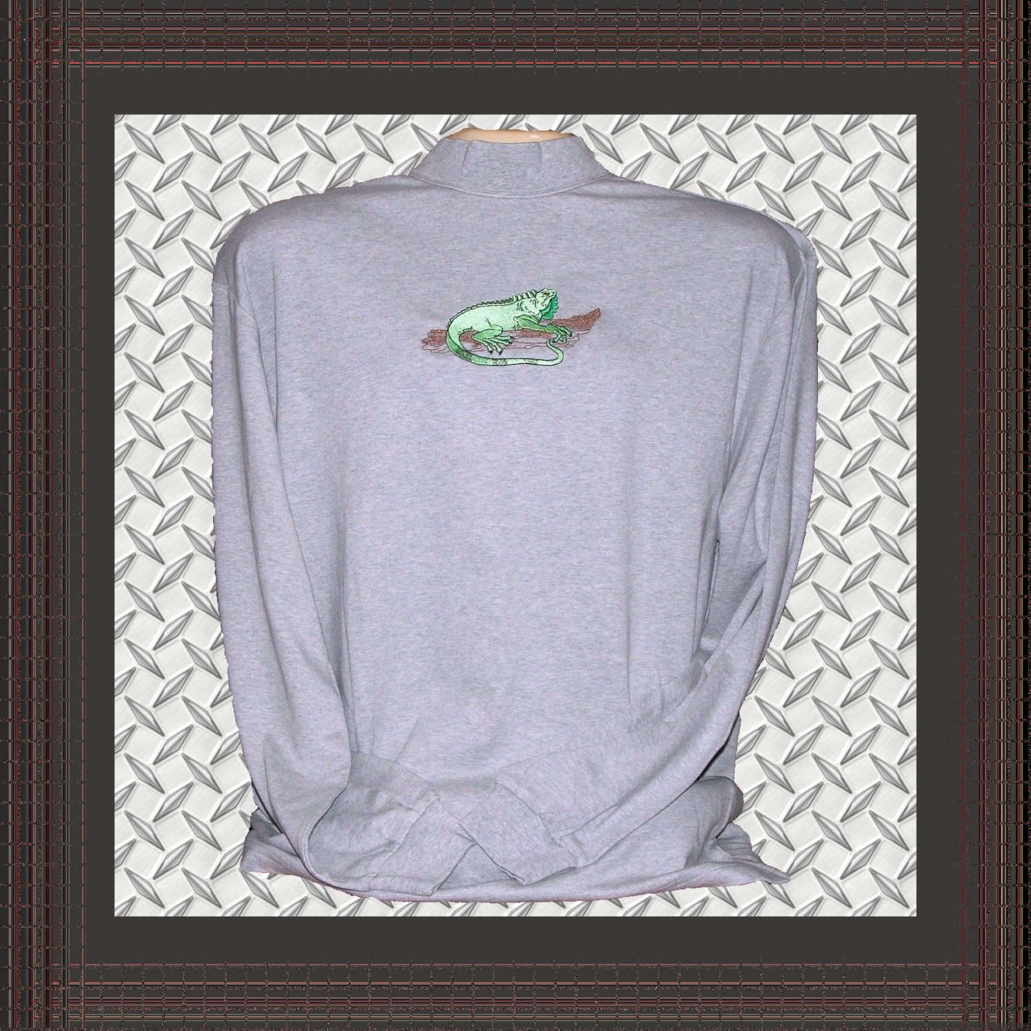 Men Cotton Mock Turtleneck with Iguana Embroidery Large