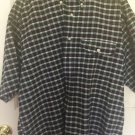 TOMMY HILFIGER MEN'S SIZE M BLUE RED PLAID BUTTON SHORT SLEEVE SHIRT A