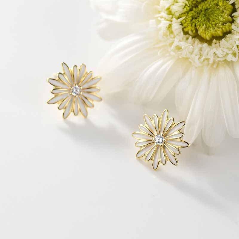 Cubic Zirconia Daisy Flower 925 Sterling Silver Stud Earrings