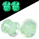 2PCS Glass Glow in the Dark Earrings Green Ear Plugs and Tunnels Earring Ga