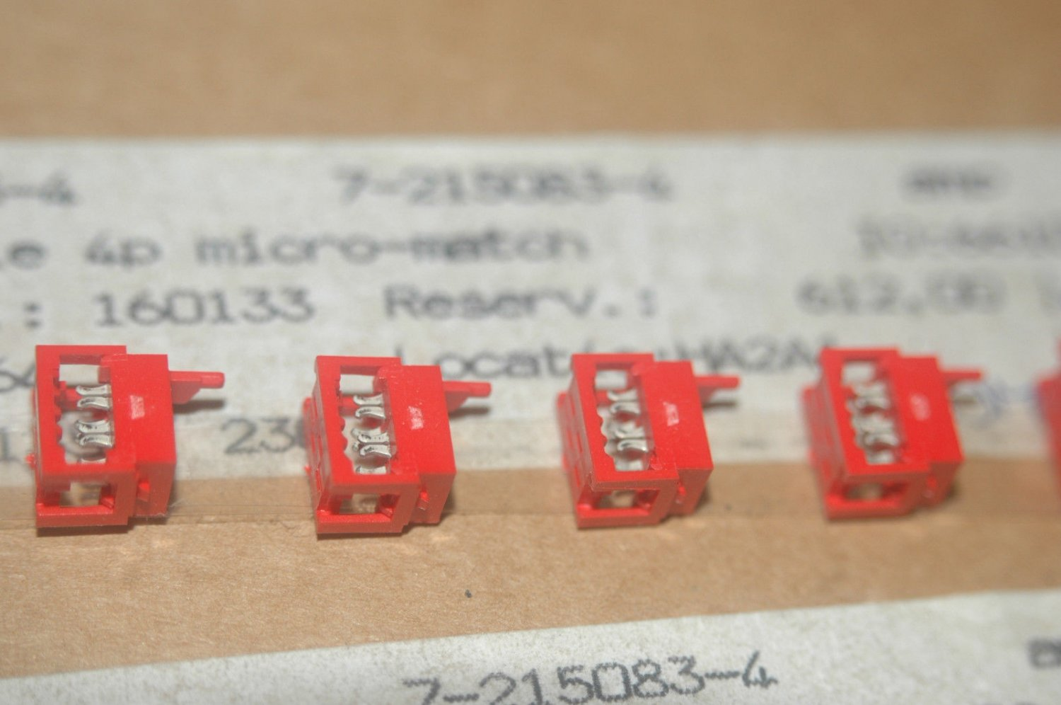 AMP 7-0215570-4 4-Pin Micro Match Male Connector Quantity-100