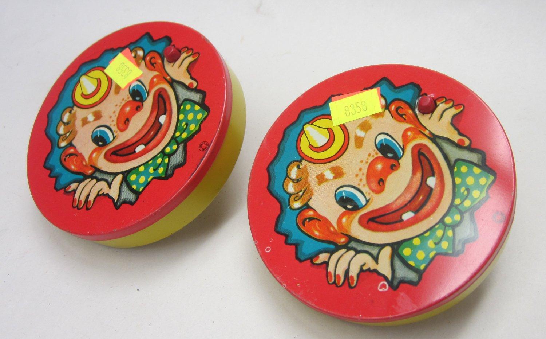 T. Conn Inc clown party tin litho noise makers