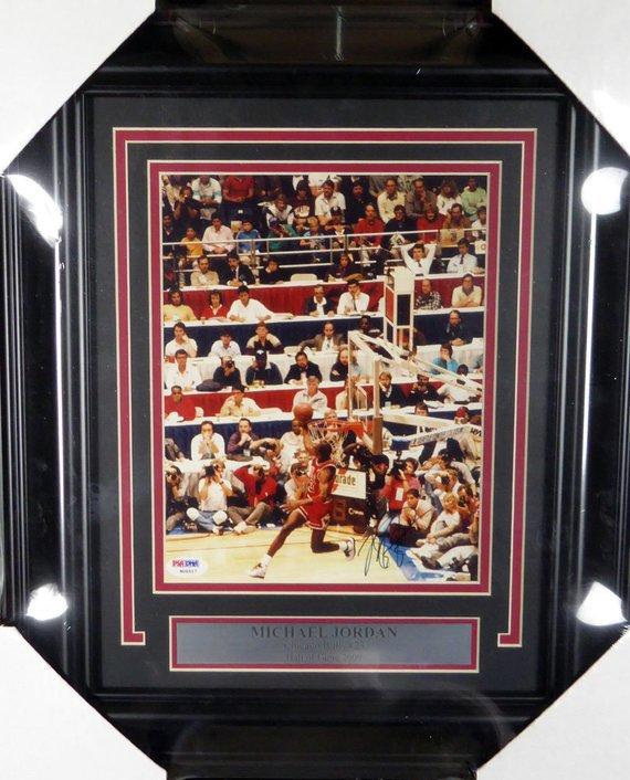Michael Jordan Chicago Bulls Autographed Signed Framed 8x10 Photo PSA