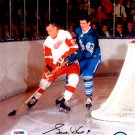 Gordie Howe Detroit Red Wings Signed Autographed 8x10 Photo PSA/DNA