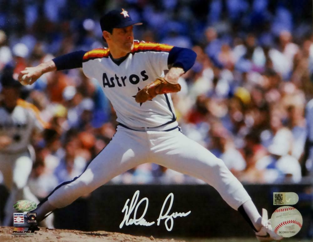 Nolan Ryan Signed Autographed 8x10 Astros Photo RYAN HOLO