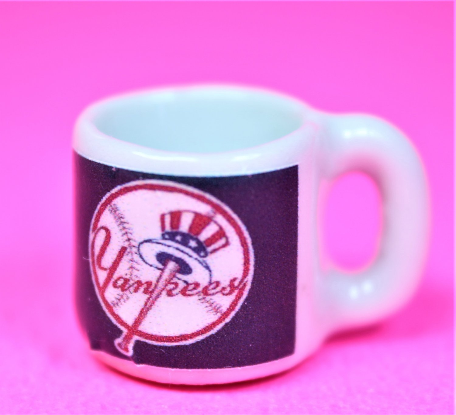 "Dollhouse miniature size 1/12"" scale replica Yankees sports coffee mug"