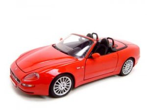 MASERATI GT SPYDER RED 1:18 DIECAST MODEL