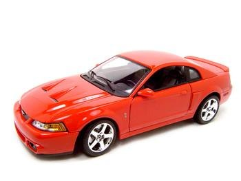 2003 FORD COBRA SVT MUSTANG 1:18 SCALE DIECAST MODEL