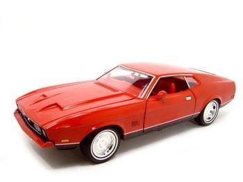 FORD MUSTANG MACH 1 007 MOVIE 1:18 ERTL DIECAST MODEL