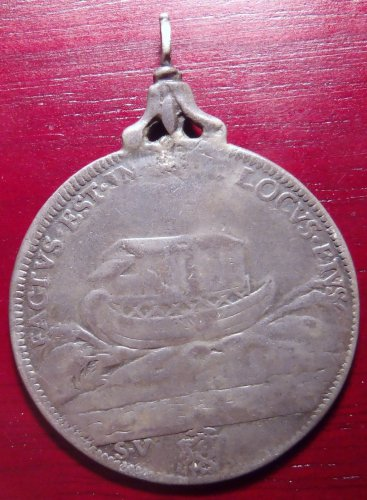 Papal State Noah's Ark Innocent XII 1691-1700 Silver ½ Piastra Pendent