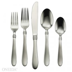 Oneida- Banbury 78pc Set with Caddy