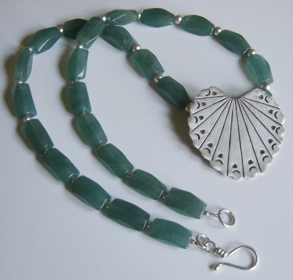 Hill Tribe Silver Pendant Necklace