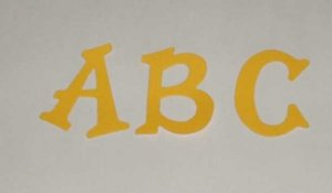 Scrapbooking Sizzix Fun Serif Alphabet - Primary Yellow