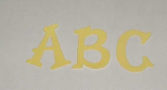Scrapbooking Sizzix Fun Serif Alphabet - Pastel Yellow