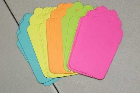 Scrapbooking Sizzix Scalloped Tags - Brights