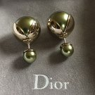 DIOR TRIBALE Mise en Dior Tribal Earring Spring GREEN Gold TULIP Metallic