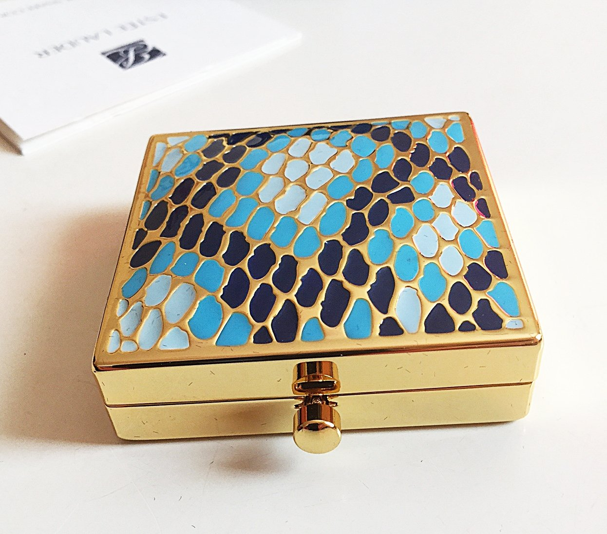 ESTEE LAUDER 2013 YEAR OF THE SNAKE Powder Compact Chinese Zodiac Limited RARE