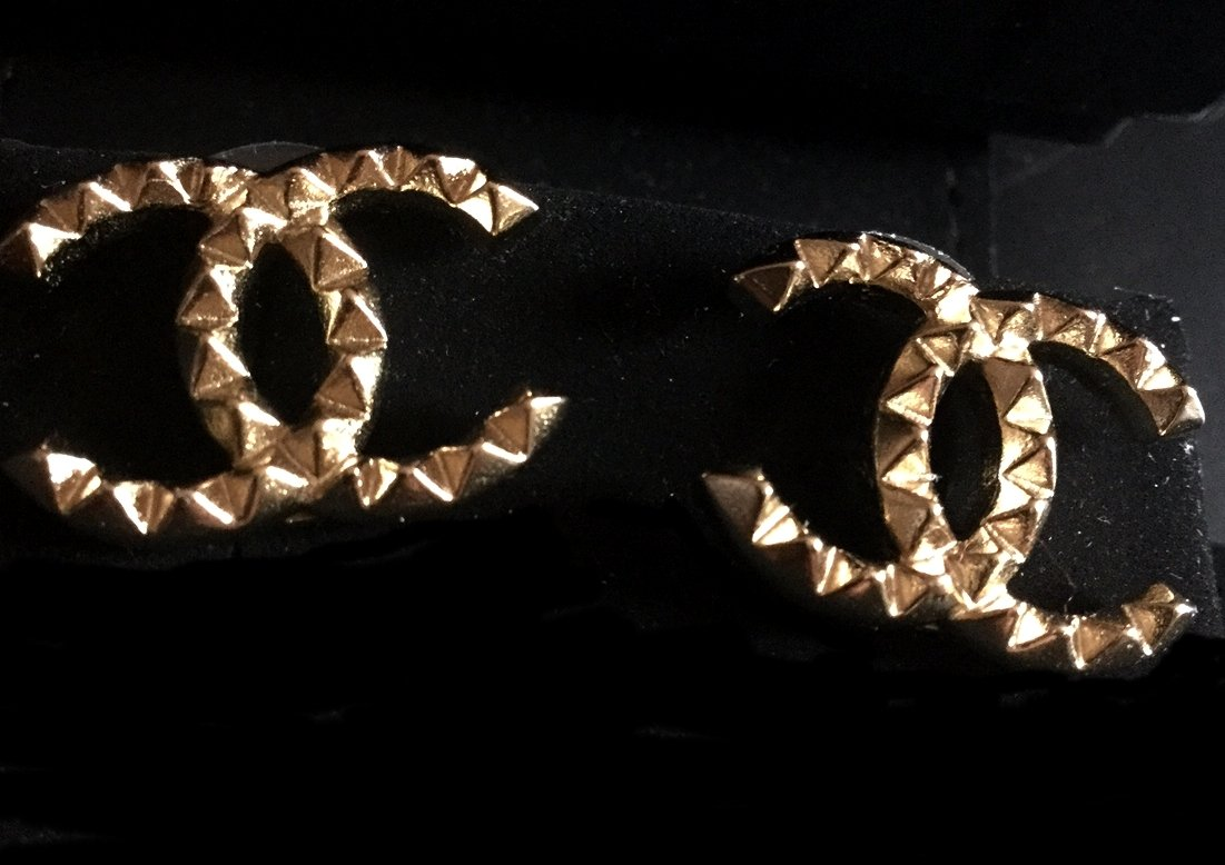 CHANEL Patterned CC Gold Stud Earrings Authentic Hallmark NIB