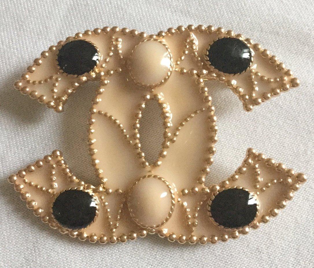 CHANEL 2012 Black Pink Enamel CC Gold Brooch Pin Classic Large