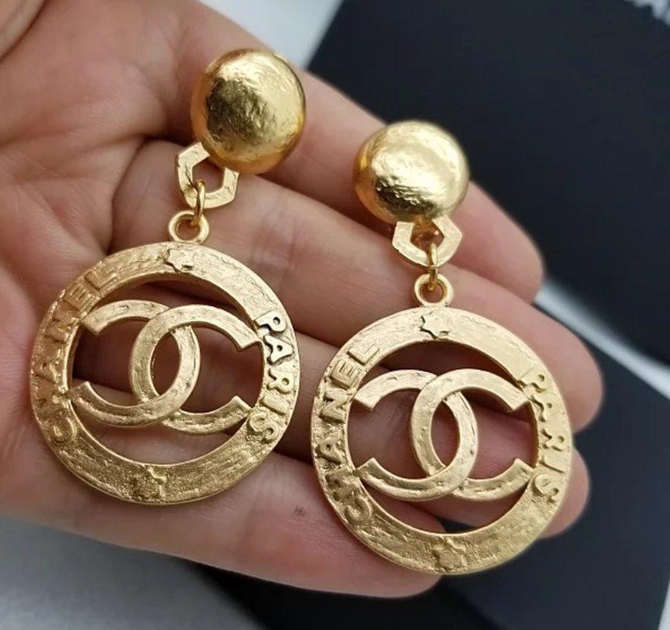 CHANEL Paris Gold CC Hoop Earrings Clip Dangle Style Vintage 95