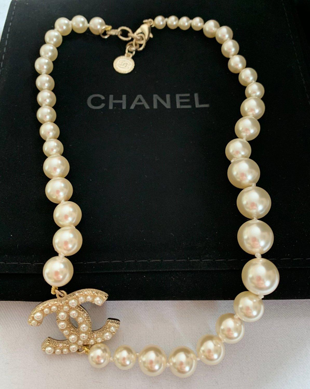 CHANEL Classic CC Pearl Necklace 100 Anniversary Choker Gold Metal NIB