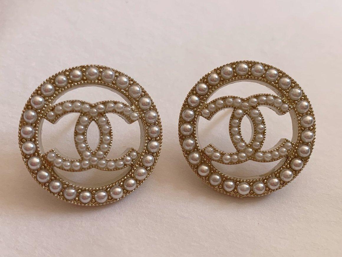 CHANEL Gold CC Seed Pearl Circle Medium Stud Earrings NIB
