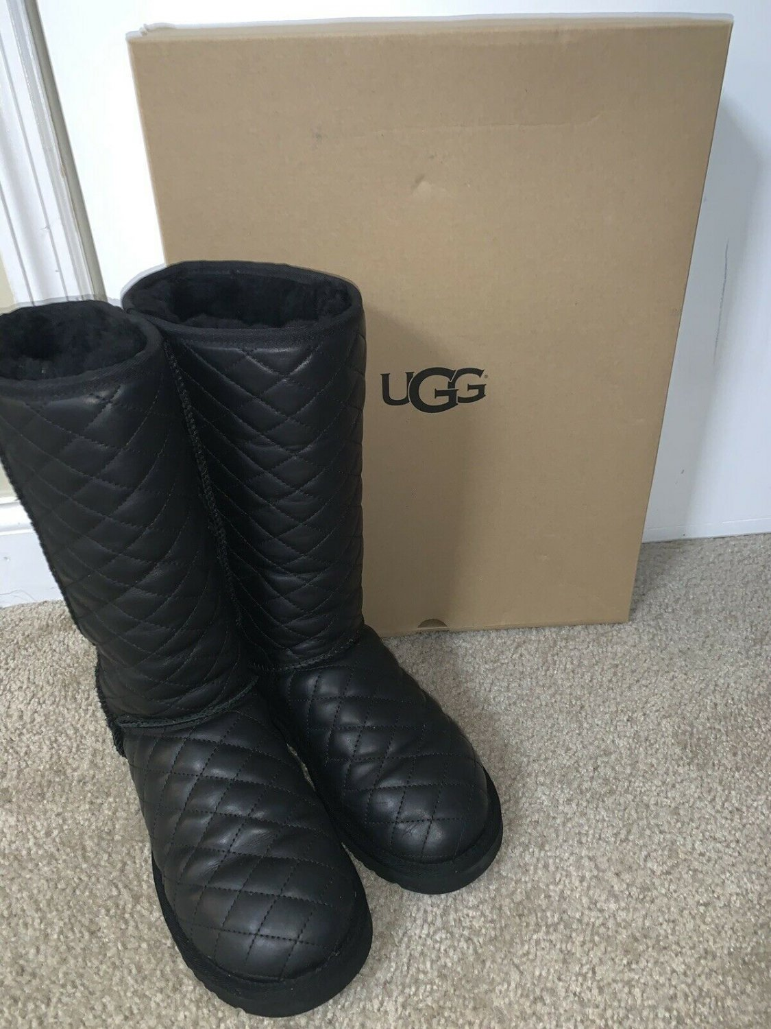 Ugg Australia Classic Tall Leather Diamond Quilted Boots Us 8