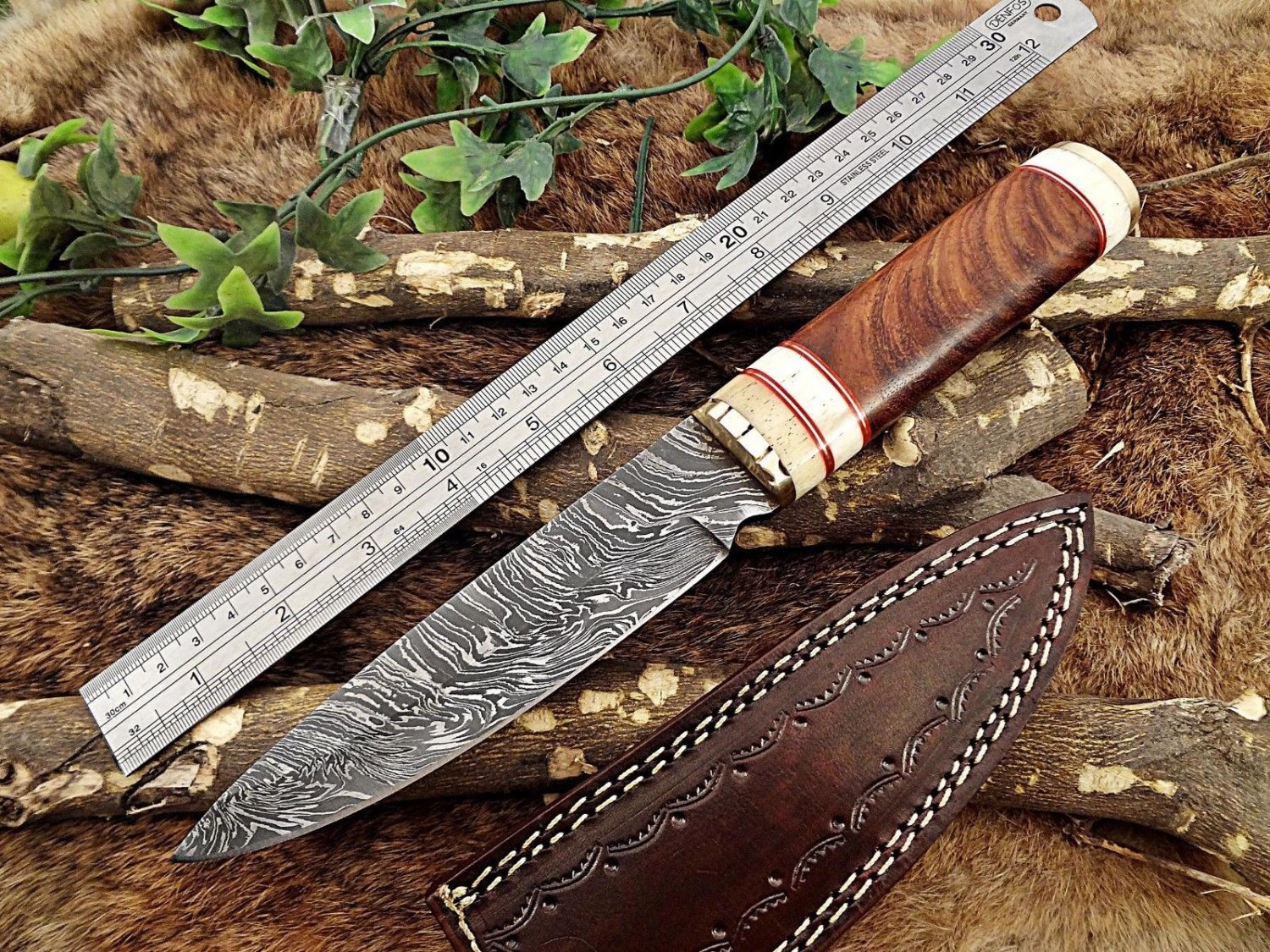 "11"" Skinning Knife hand forged Twist pattern Damascus steel Wood & Bone scale"