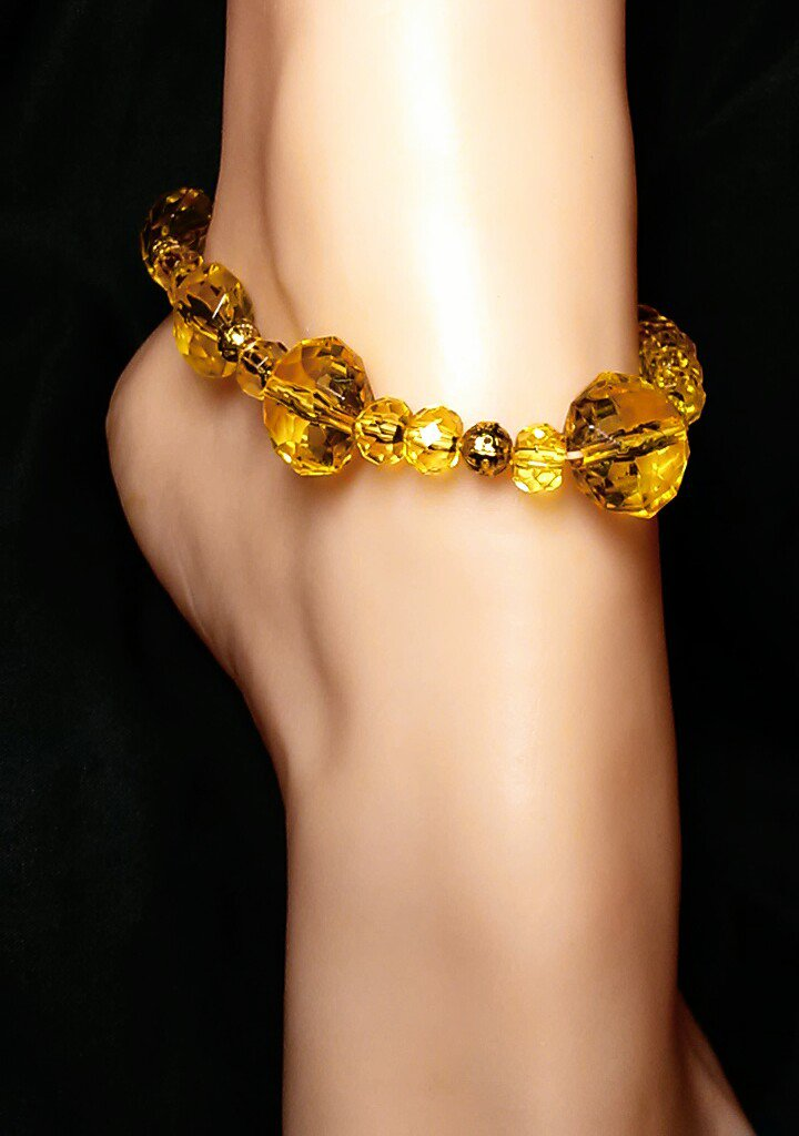 Yellow Chucky Gold Anklet