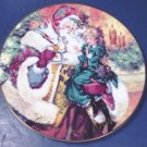 1994 The Wonder of Christmas Santa Claus Avon plate porcelain china 22K gold trim with box