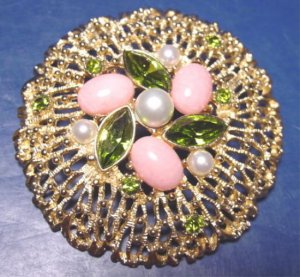 Sarah Coventry Fashion Splendor brooch rhinestones green, pink, faux pearls pin 1130SCB
