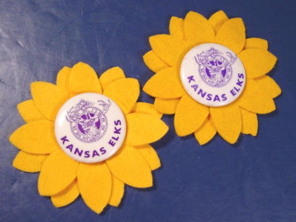 Kansas Elks vintage metal pin 2 pinback buttons yellow felt sunflowers BPOE Order of Elks fraternal
