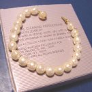 Versatile Elegance faux pearl beads Avon 1989 vintage bracelet cream ivory size small, box