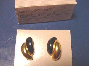 Vintage Avon 1988 Classic Contour pierced earrings goldtone metal black enamel with box