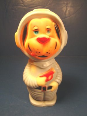 1965 Reliance Plastics astronaut dog spaceman doll space age suite gun rubber squeaky squeeze toy