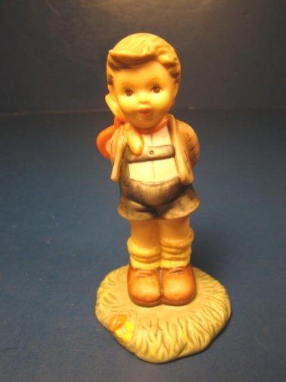 You've Stolen My Heart Berta Hummel Goebel porcelain china figurine BH 5/A 1996 boy valentine heart