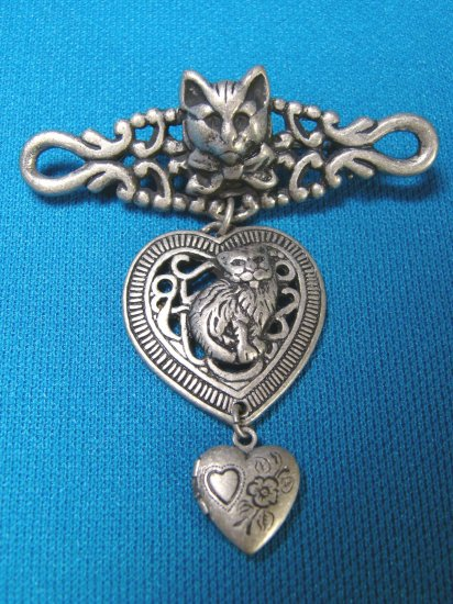 Cats hearts locket opens dangle brooch pin 3 section pewter like metal contemporary fashion jewelry