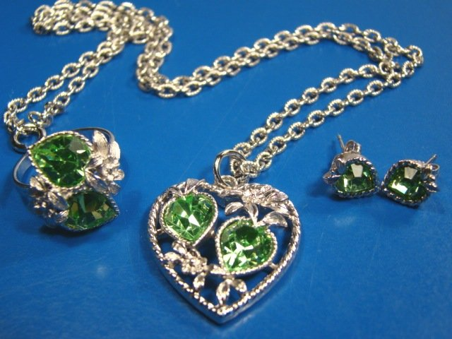 Sarah Coventry Heart Love Story Birthstone Green