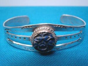 Bracelet sterling silver carved blue lapis bangle cuff signed LE vintage Native American