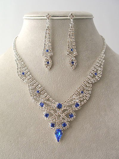 """""""Prom Queen"""" Magnificent Necklace/Earring Set Reg $69.99"""