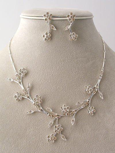 """""""Bridal Party"""" Designer Flower Necklace/Earring Set Amber Reg $49.99"""