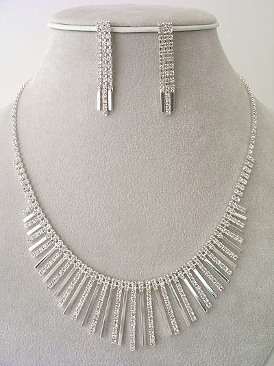 Designer Evening wear Necklace/Earring Set Reg $49.99