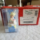 Enesco Precious Moments 2007  April Birthday Wishes Cupcake with Box #732004