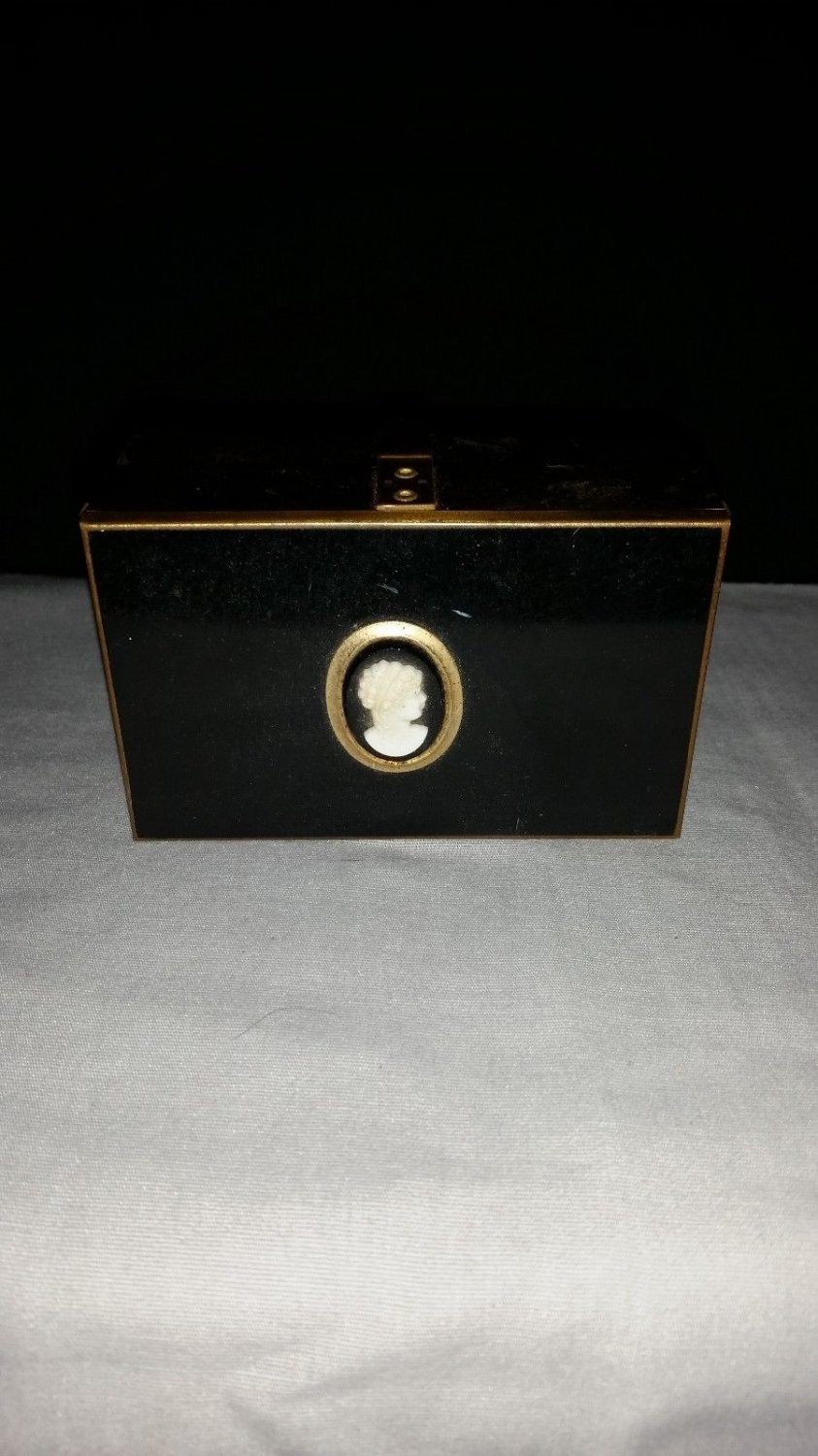ANTIQUE VANITY 2 TIER EXPANDING GOLD TONE DRESSER JEWELRY BOX WITH CAMEO